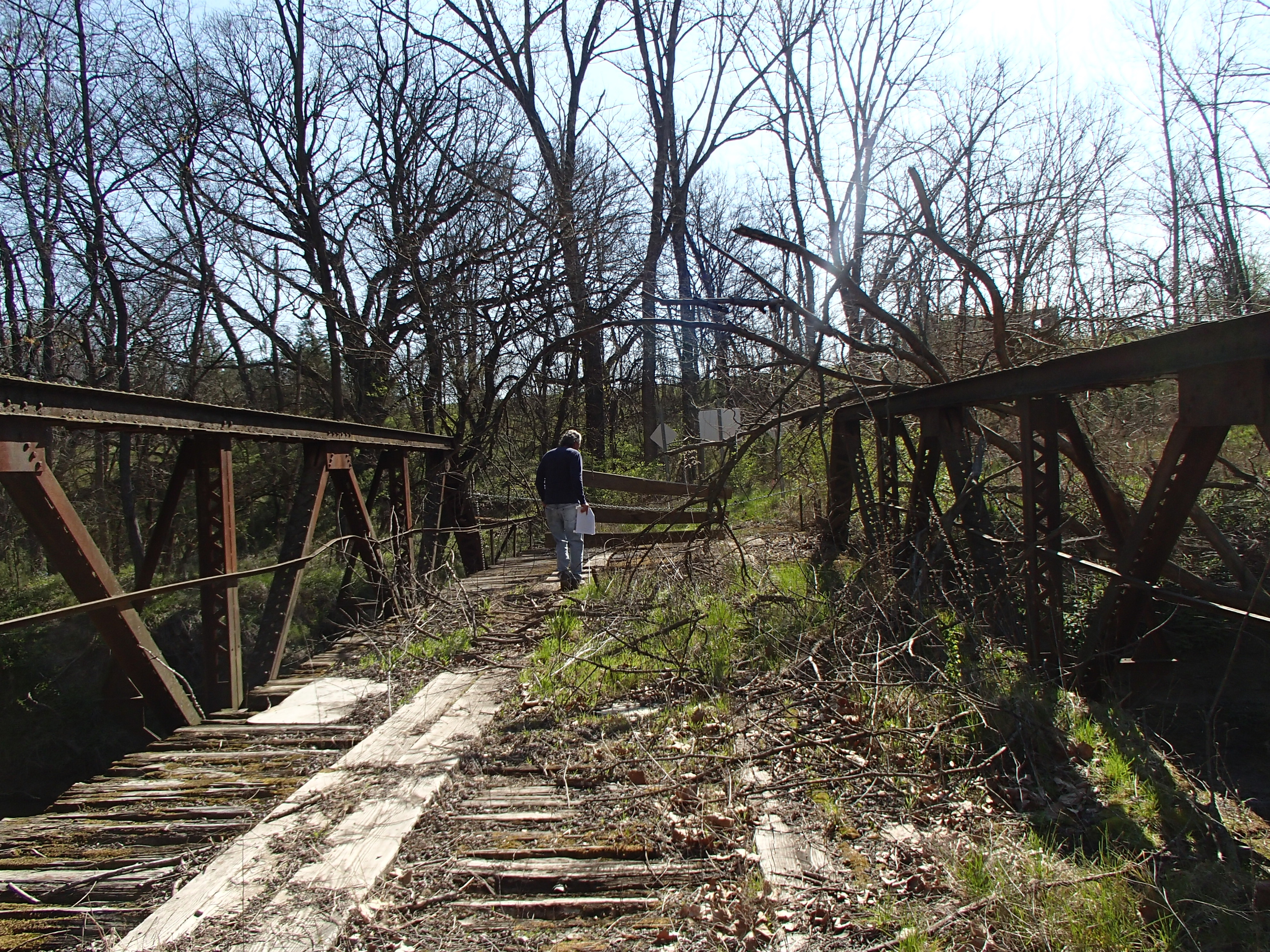 Bridge over the LaMoine River w/ Dave Nolan