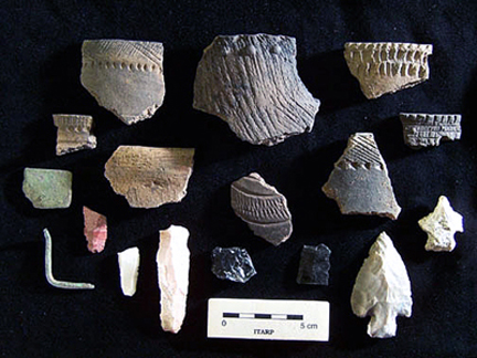Selected diagnostic ceramics and lithics – Coon Run VII site