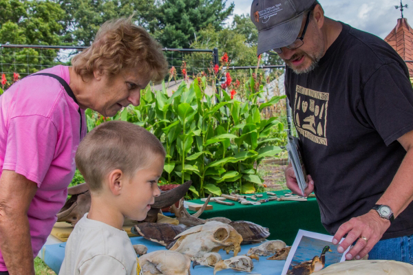 ISAS Brings Archaeology to Museum of the Grand Prairie Event